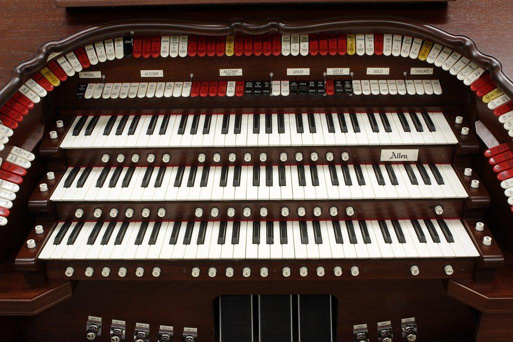 Allen Organ TH323 Theatre Organ