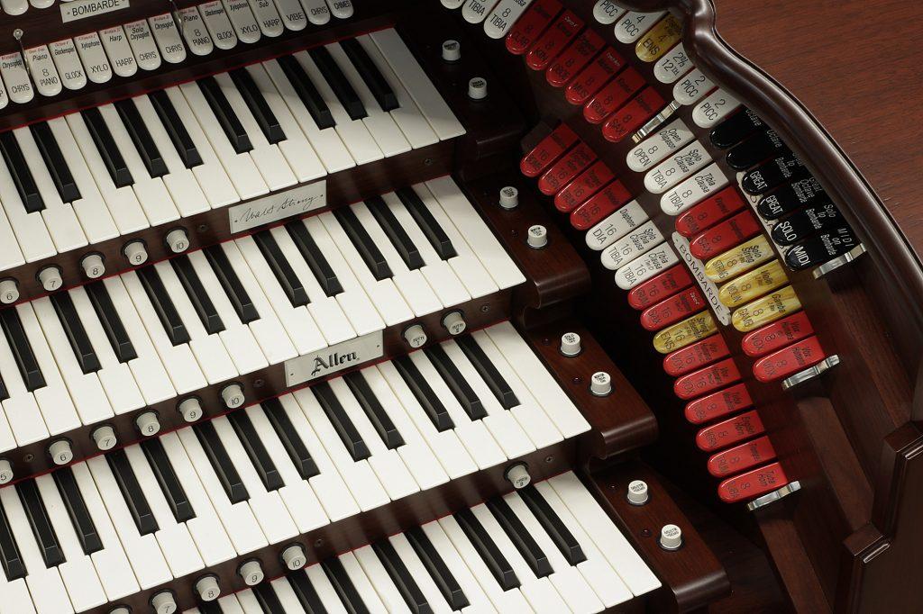 Allen Organ STR-4 Theatre Organ